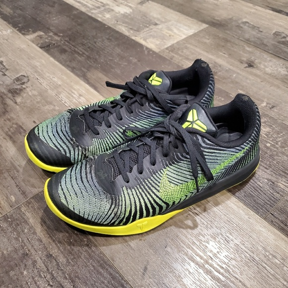 Nike Other - Nike shoes 10.5